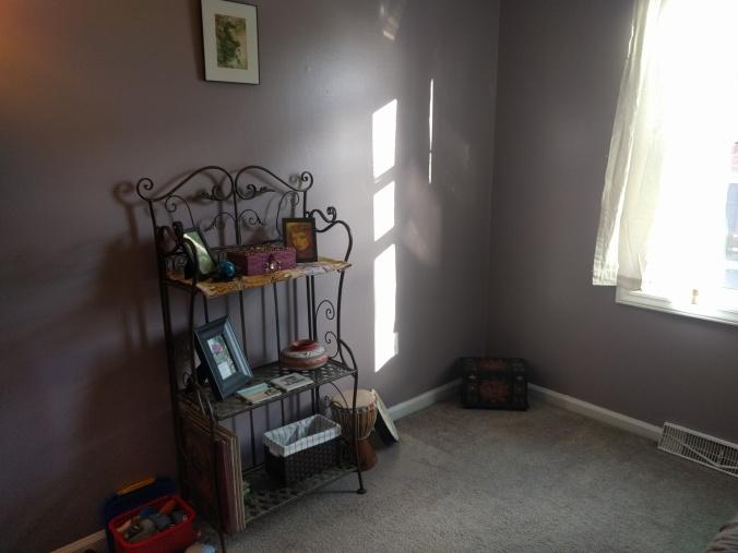 Amethyst Guest Room 2.jpg