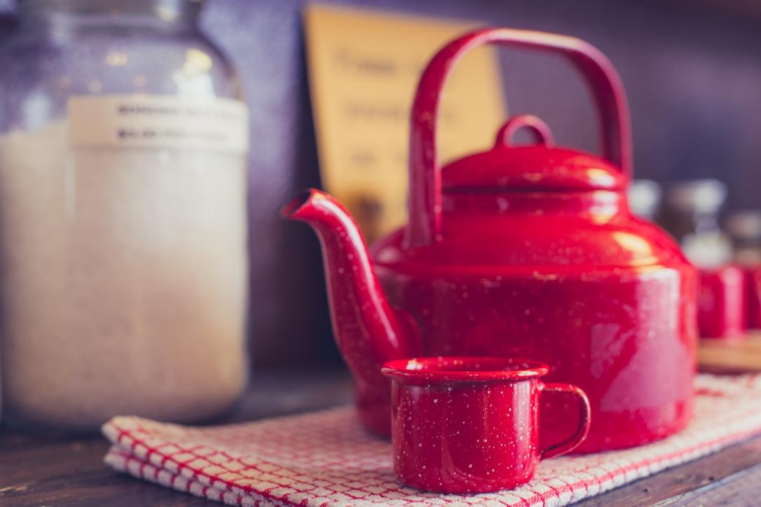 dreamstime_xxl_84965828 teapot creative commons zero dreamstime.jpg